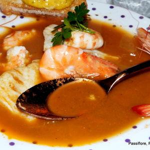 La Soupe de poissons de roche revisitée par notre blogueuse  Hellyane